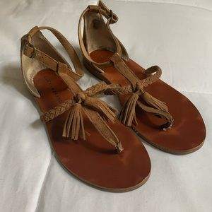Lucky brand ( size7) brown sandals suede upper!